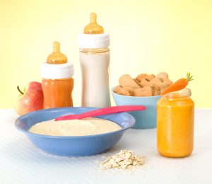 Making delicious and healthy baby food makes weaning easier
