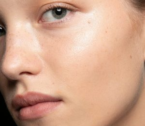 What is semi-permanent BB Cream and how does it work?