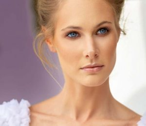 7 ways to emphasize your beautiful and elegant neck