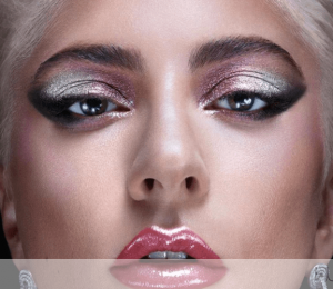 We tried everything in Lady Gaga & # 39; s Haus Laboratories Makeup Line!