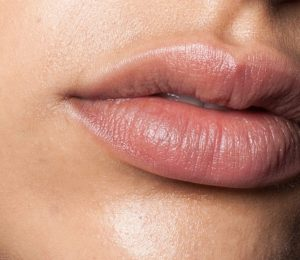 How lost lips can be caused by dry skin – Expert advice