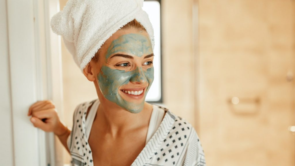 How to do facial treatments at home – Tips and tricks for experts